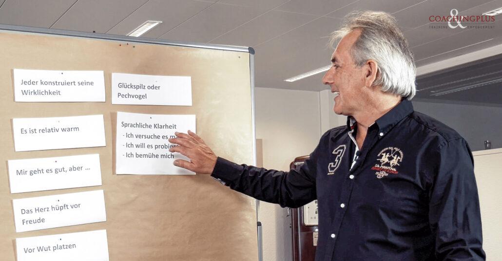 Urs R. Bärtschi – Seminarleiter und Initiant von Coachingplus.