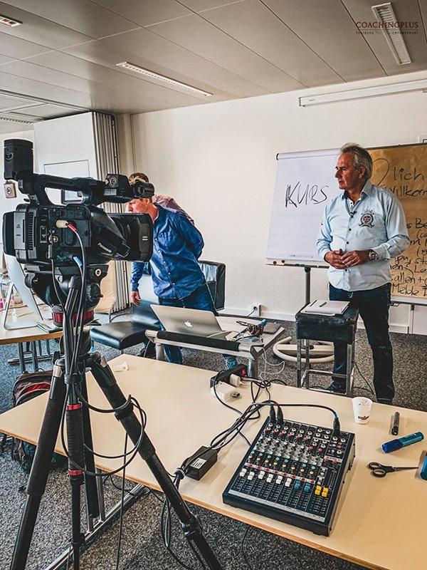 Urs R. Bärtschi - Virtuelles Klassenzimmer